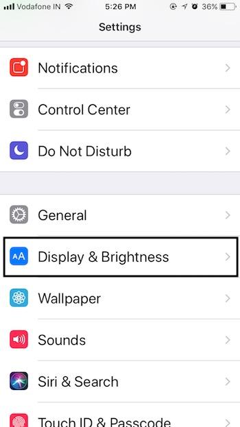 1 Display & Brightness on iOS 11