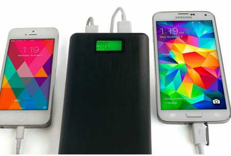 USB battery storage for iPhone and other smart phone