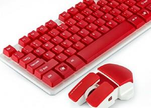 Attractive gaming keyboard and functionalist combo