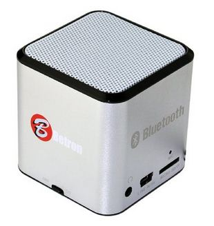 Betron Small in size speaker dock for iPhone, iPad