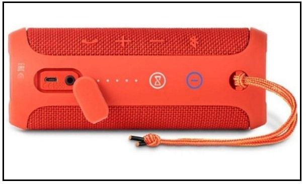 Splash Proof bluetooth speaker for iPhone 7 Plus by JBL