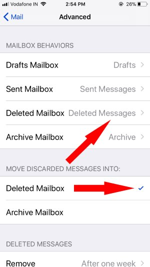 3 Deleted Messages settings for iCloud Mail app on iPhone