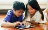 Kids are playing games in device