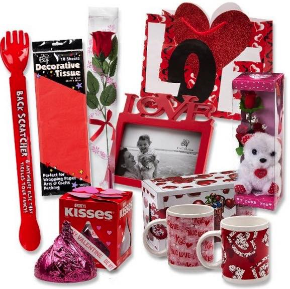 Good valentine s day gifts for her 2018 latest romantic for Gifts for her valentines day