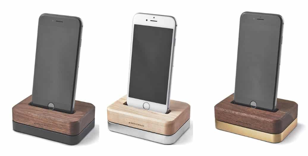 iPhone Dock stand for charge