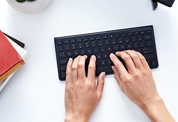 amazon wireless keyboard for apple tv 4
