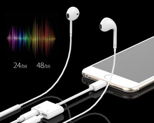 50 Headphone Rockever Splitter charging for iPhone X